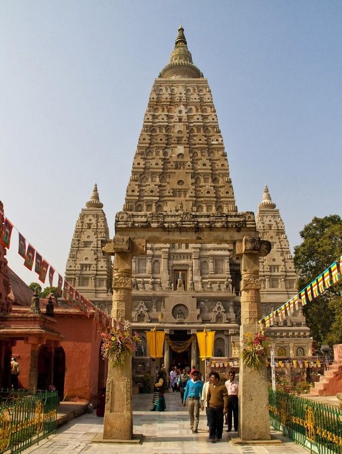 Mahabodhi temple at bodh gaya