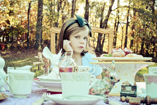 Alice in Wonderland Tea Party by Kelly Is Nice Photography - www.kellyisnice.com