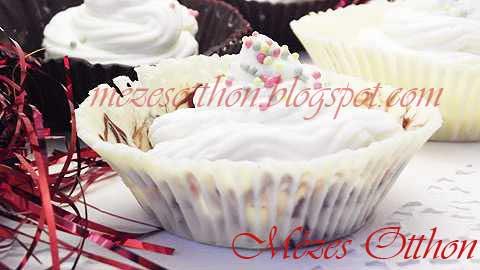 pezsgőkrém csokoládékosárban szilveszterre fotó