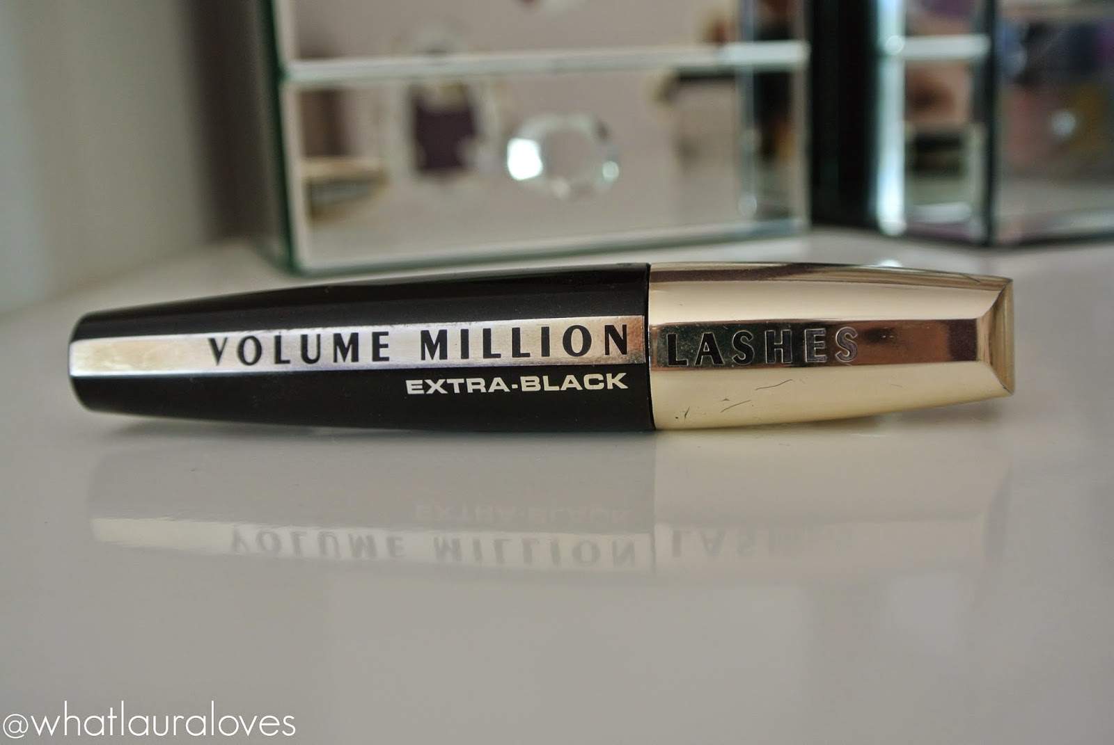 L'Oreal Volume Million Lashes in Extra Black