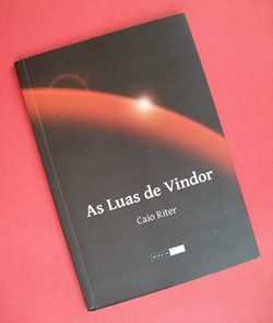 As Luas de Vindor  de Caio Riter