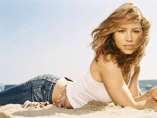 Jessica Biel Actress Spicy Wallpaper