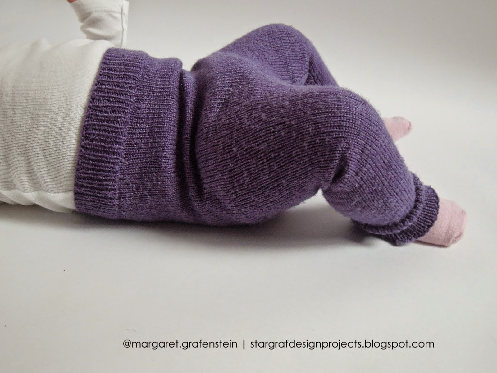 Knitting Patterns Toddlers Trousers : Knit Baby Pants...