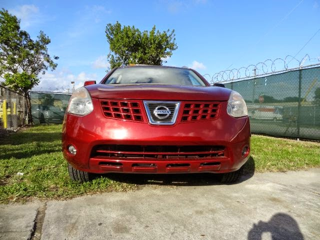 Nissan Rogue 4X4 pictures