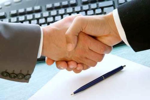 Contratar a un consultor