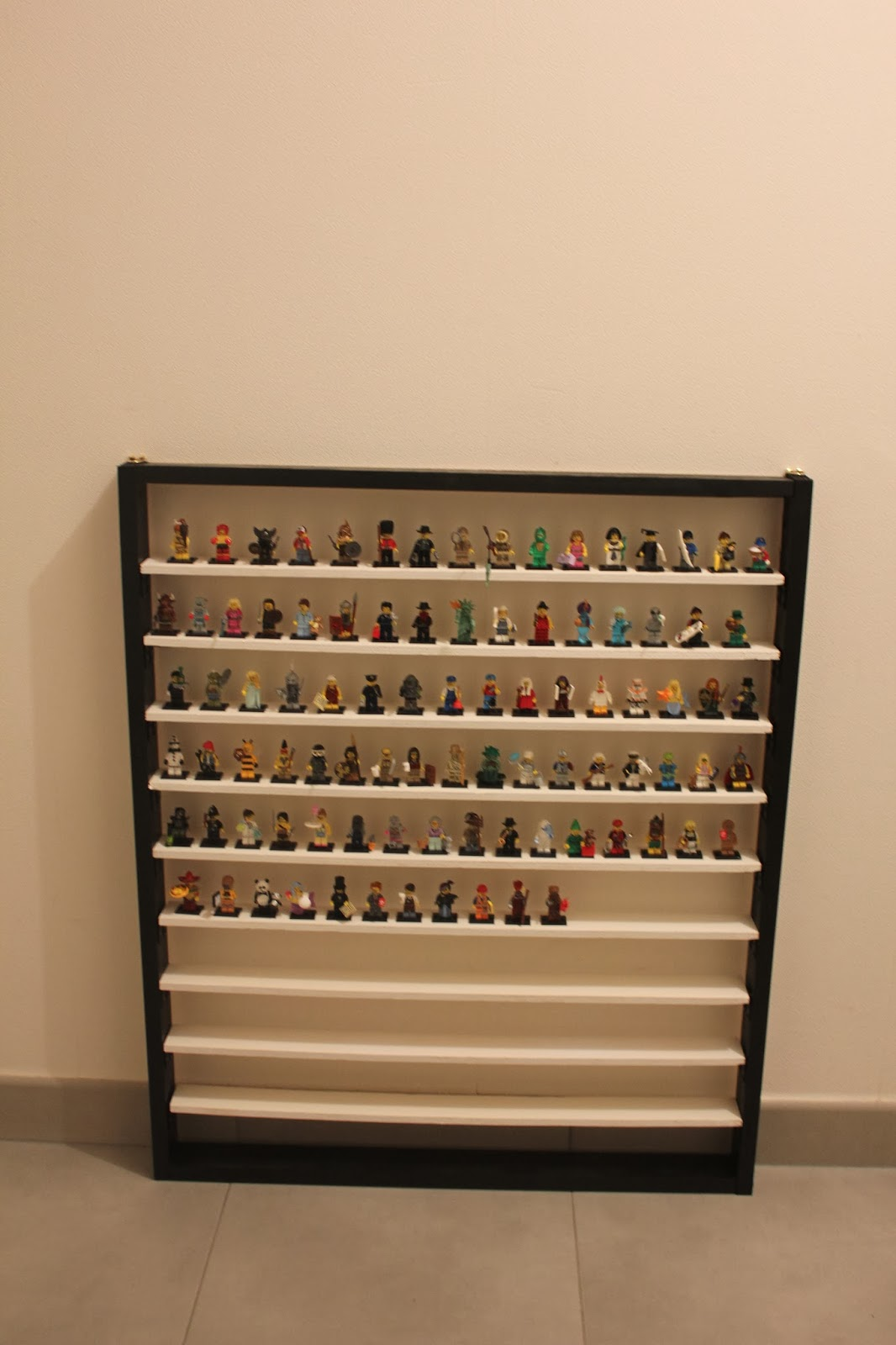 lego fada diy etag re murale. Black Bedroom Furniture Sets. Home Design Ideas