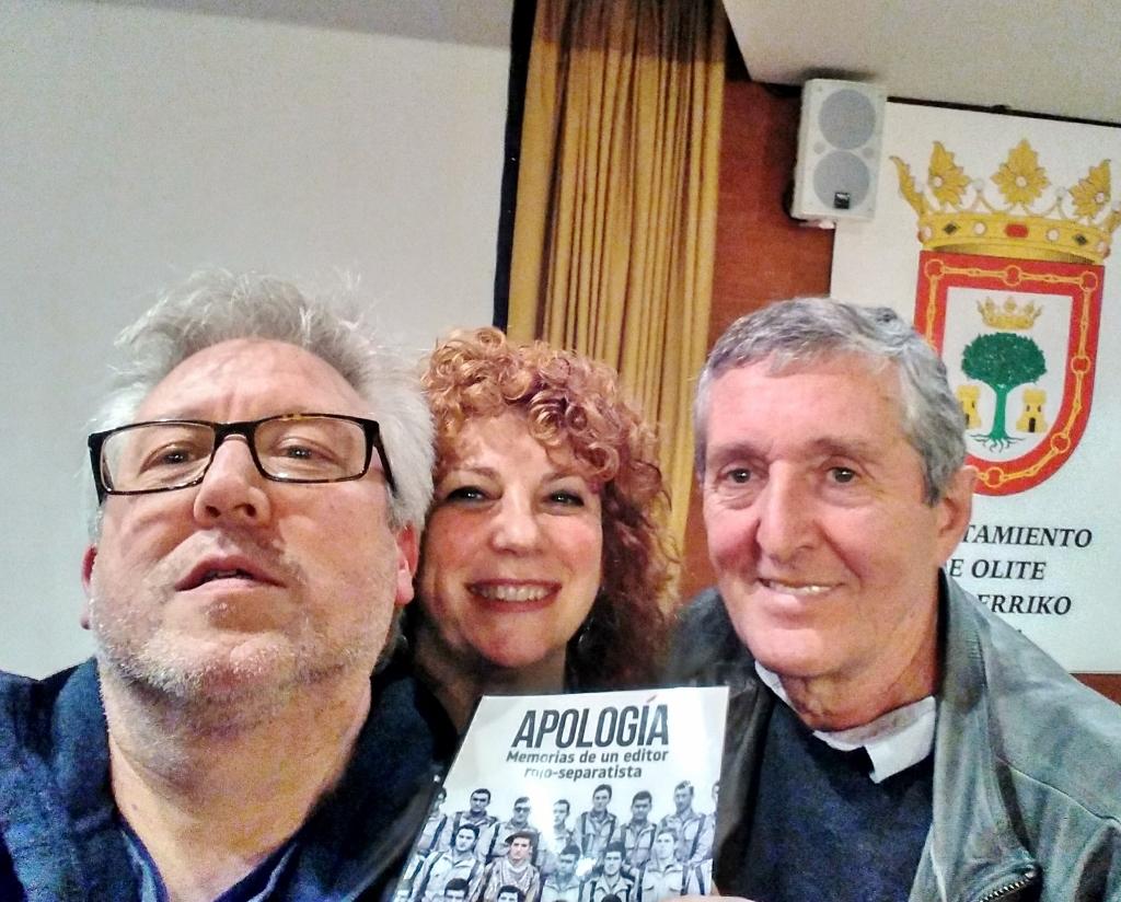 """Jose Mari Esparza, """"Apología. Memorias de un editor rojo-separatista"""", (Txalaparta)"""