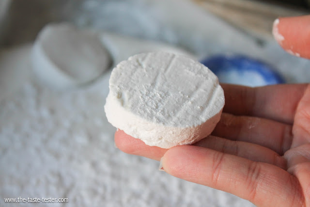 Homemade Marshmallows--- Surprisingly easy and perfect for holiday gifts or a cup of hot cocoa on a cold winter day. www.the-taste-tester.com