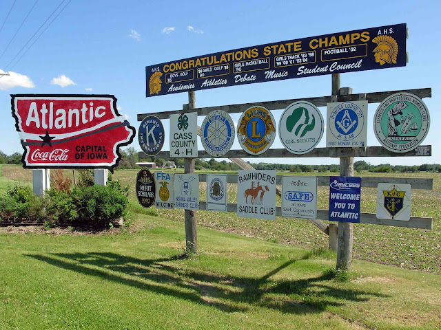 Atlantic (IA) United States  City pictures : The Iconic Map: Welcome to Atlantic, Iowa, 2008.