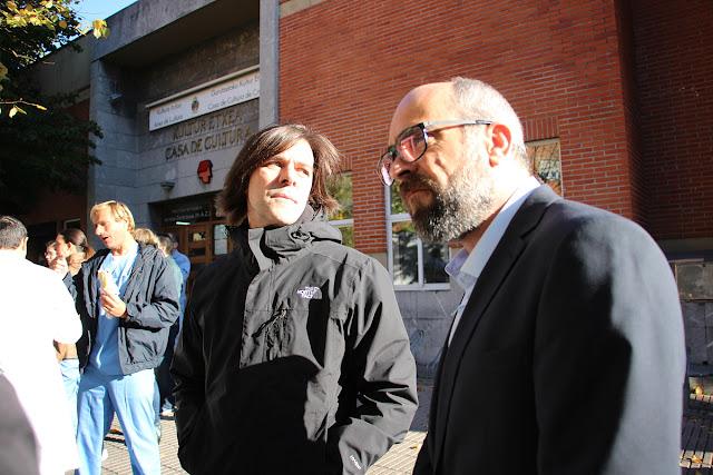 El director Iñaki Dorronsoro y el actor Luis Tosar