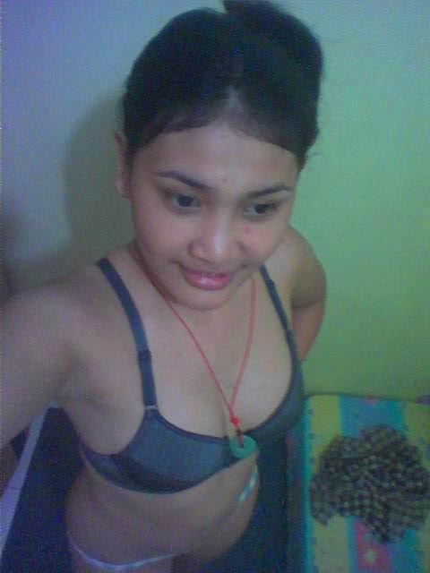 Koleksi Foto Tetek Montok Gadis Perawan Telanang susu besar gadis desa ...