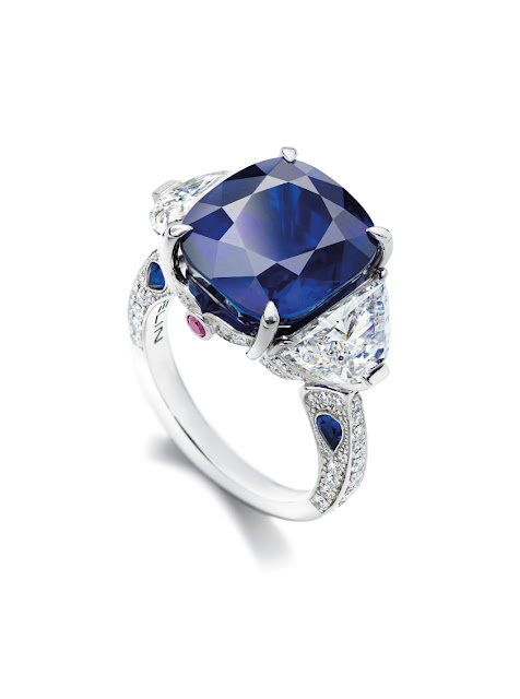 GUBELIN - Kashmir Sapphire Ring