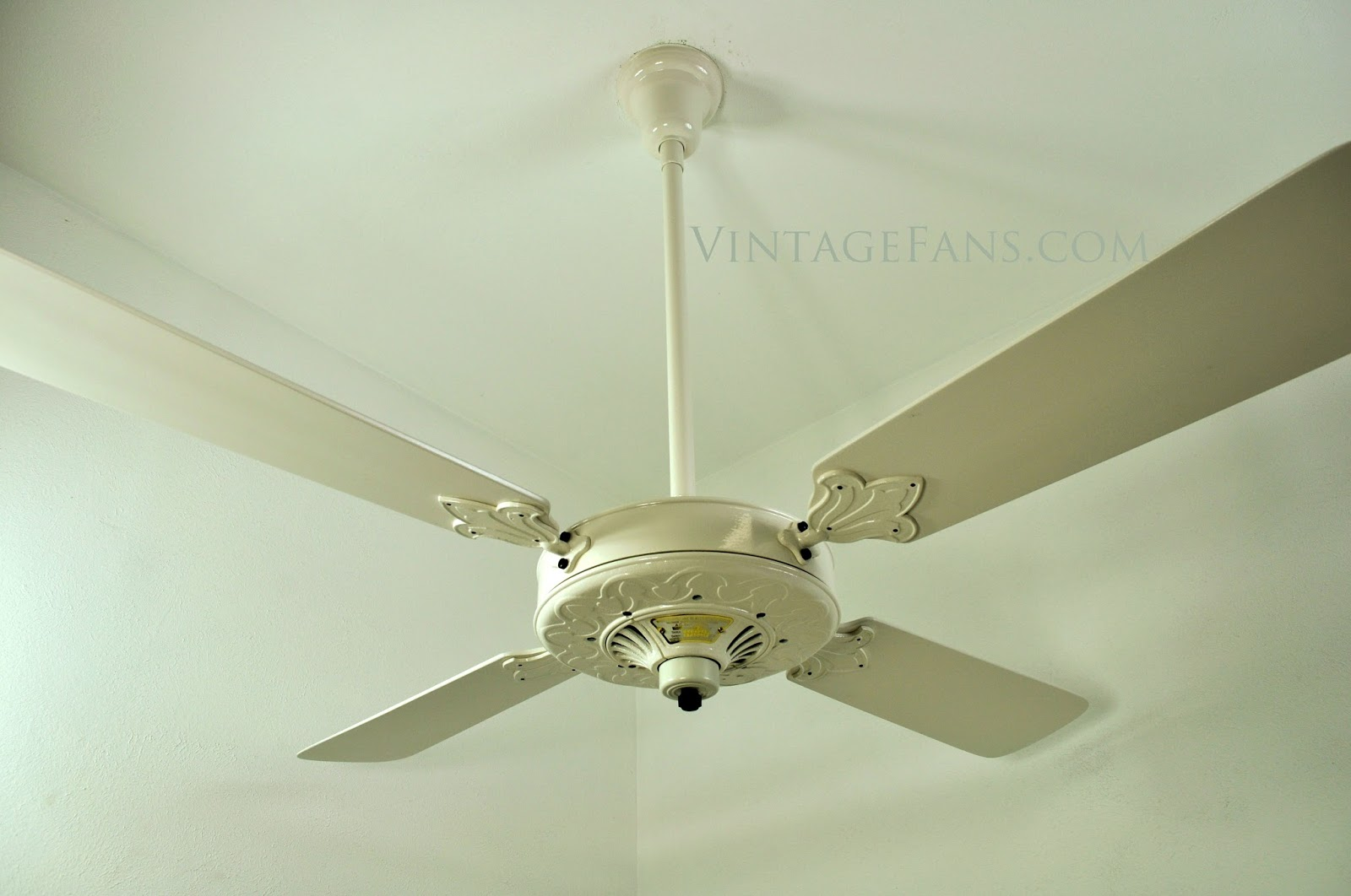Vintage fans blog vintage fans llc gatsby style 1920s westinghouse ceiling fan featured at lucky brands pasadena ca store mozeypictures