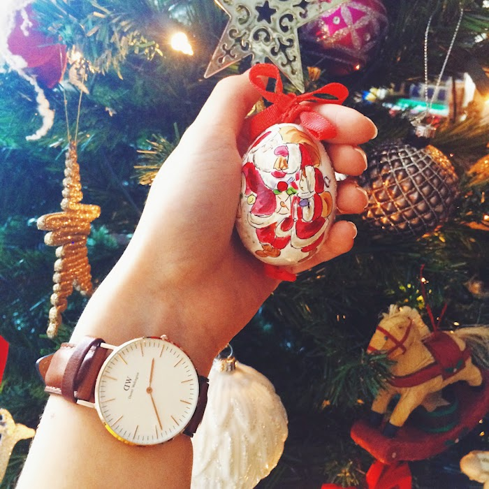 CHRISTAMS TREE, DANIEL WELLINGTON WATCH
