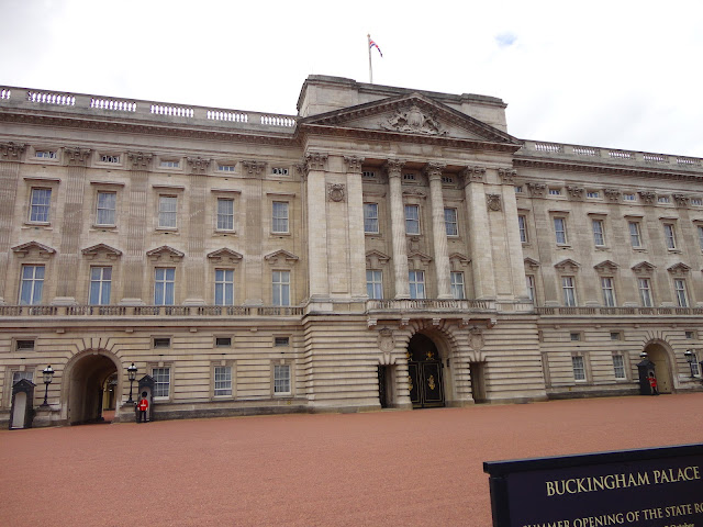 Buckingham Palace blog - 01