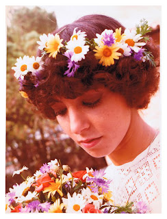 Noviaconcoronadeflores Coronas de flores para tu boda