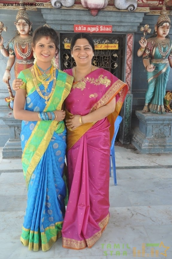 south Indian actress in art silk saree
