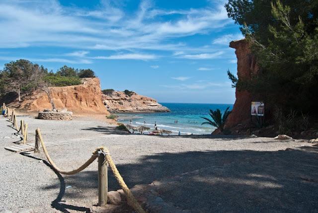 Cala Sa Caleta, Ibiza