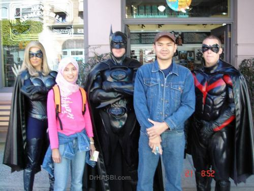 Kenangan bersama Batman and Robin dalam Movie World Gold Coast