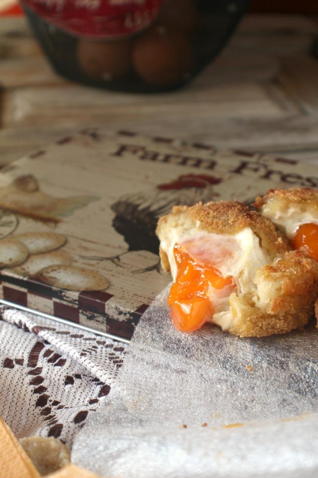 Receta huevos con bechamel. http://www.maraengredos.com/