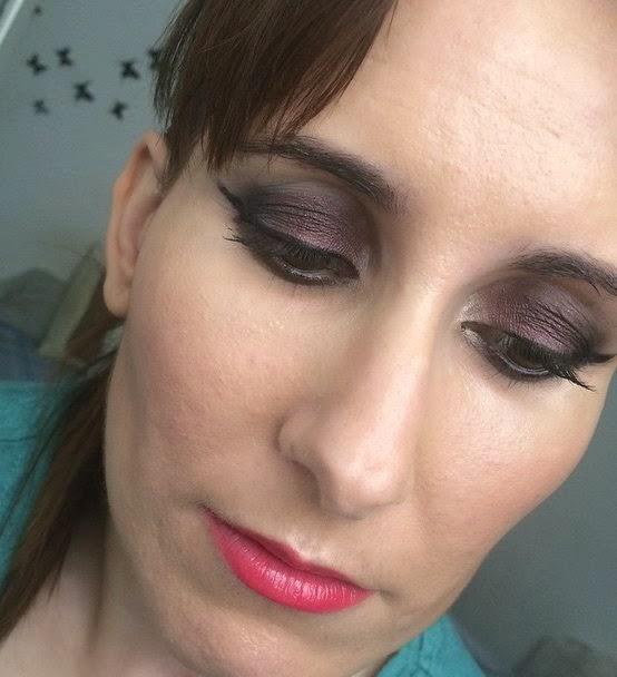 Maquillaje con borgoña