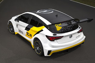 Opel Astra TCR 2016 Rear Side