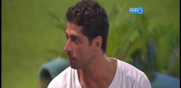 """Eu preferiria ter sido espancado"""", diz Marcelo sobre acusações de Cássio"""