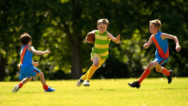 Niños hacen deporte (teinteresa.com)