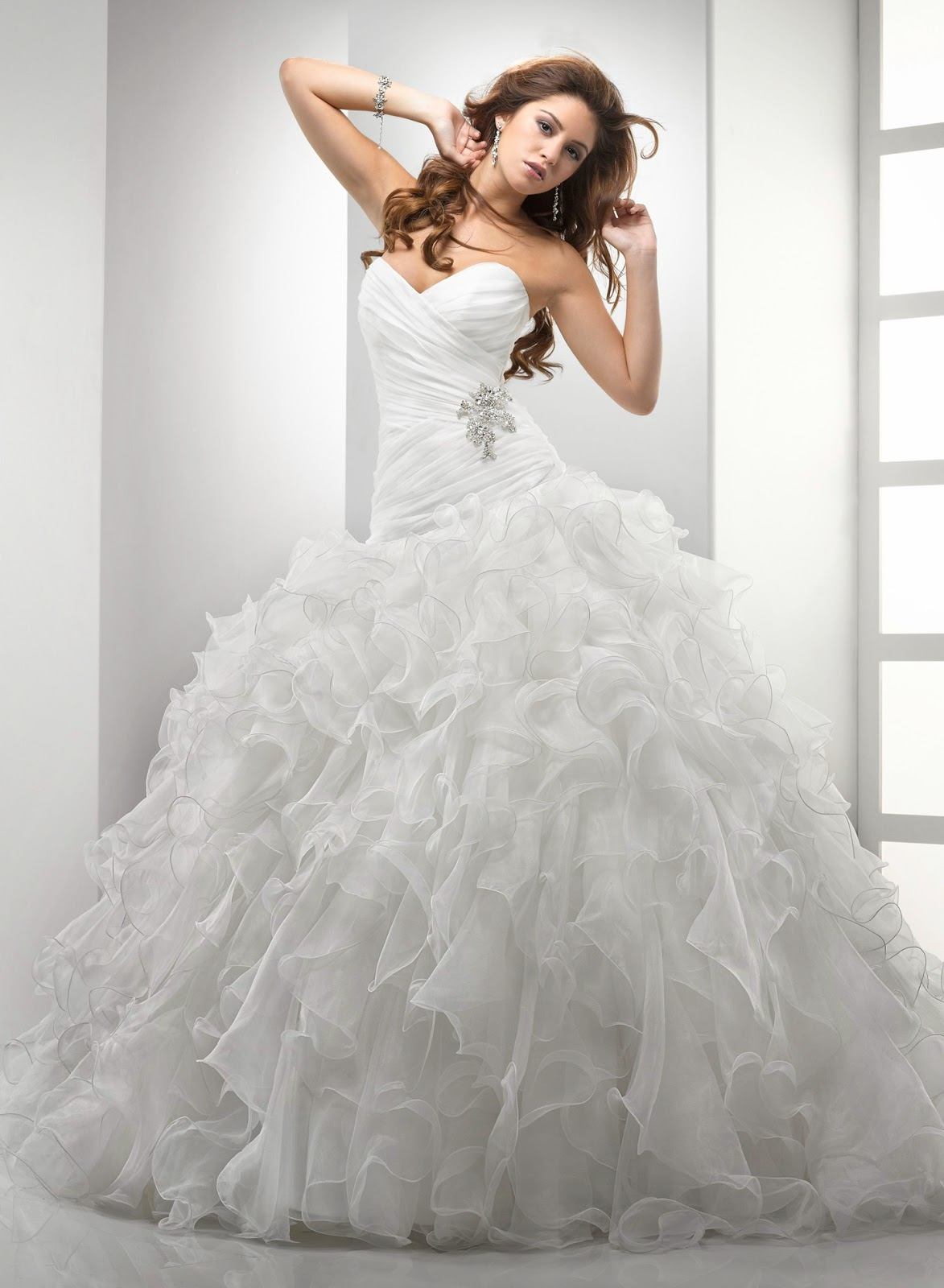 Coming to america wedding dress amazing sheus your queen for Coming to america wedding dress