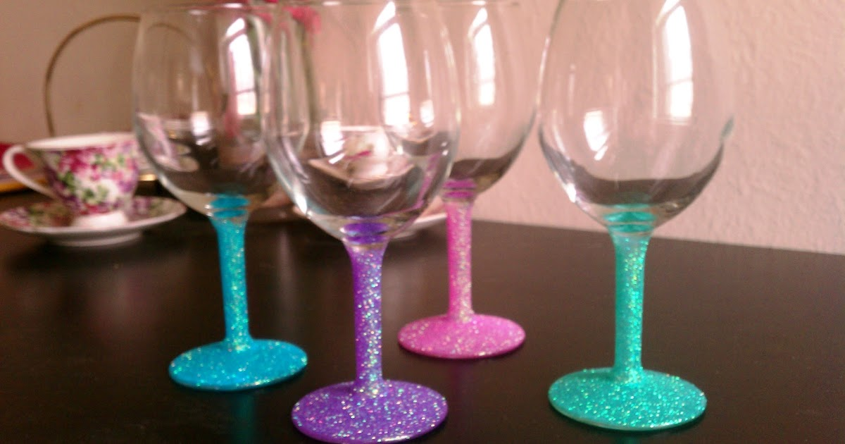 Cupcakes couture diy glitter wine glasses for Wine and paint st louis