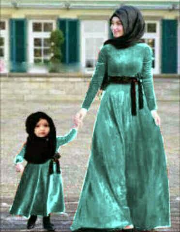 Model baju muslim untuk pasangan ibu dan anak holidays oo Baju gamis couple ibu ayah anak
