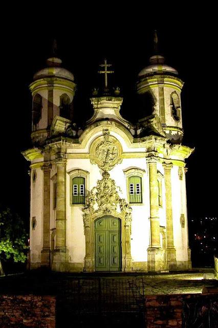 S.Francisco de Assis, Ouro Preto: forte como guerreiro, bondosa como mãe