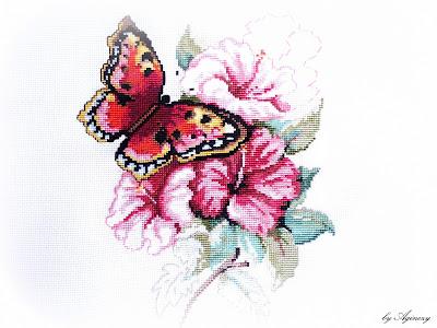 Haft krzyżykowy: Motyl na magnolii