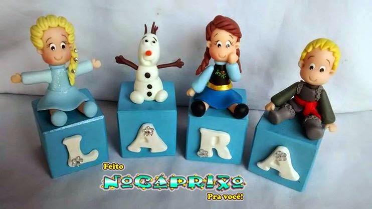 Cubos Letrados em MDF com Biscuit - Frozen