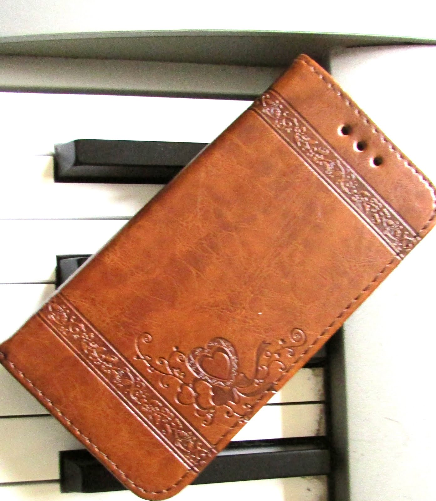 Elegant Brown  Leather Wallet style /  Flip Stand  Case For Iphone 7