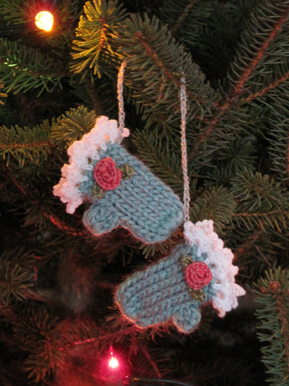 Knitting Pattern For Tiny Baby Mittens : Mr. Micawbers Recipe for Happiness: Making Winter: Tiny ...