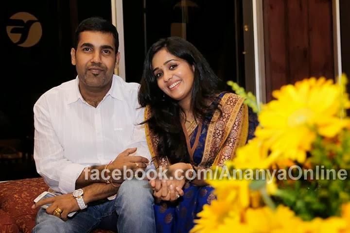 Actress Ananya with her Husband - Chirikum Thaliga
