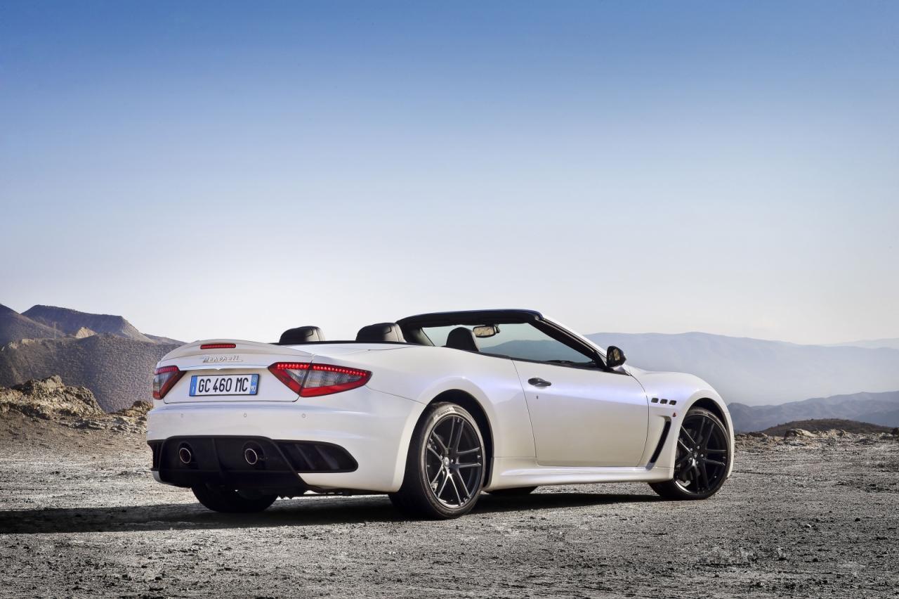 [Resim: Maserati+GranCabrio+MC+2.jpg]