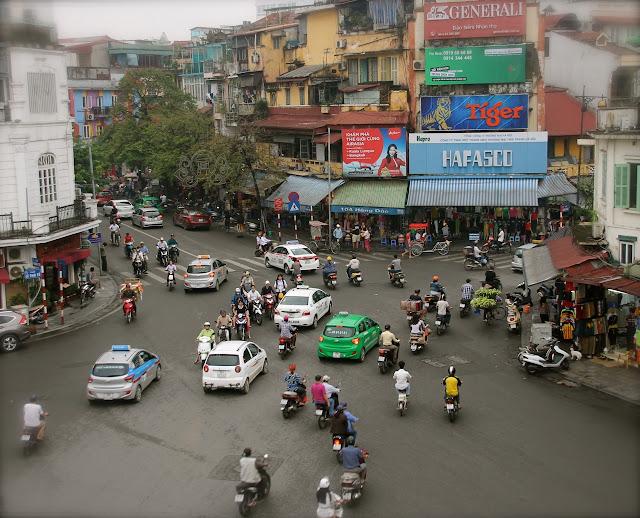 A caótica cidade de Hanoi no Vietnã