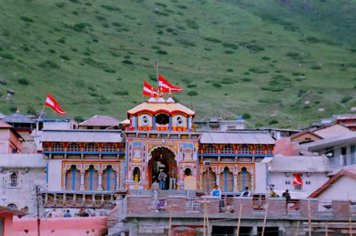 Pictures of Badrinath temple