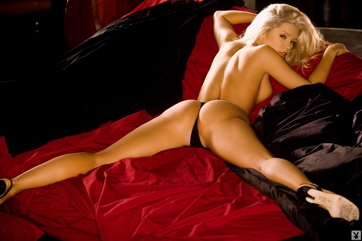 Amanda whitehead nude foto 611