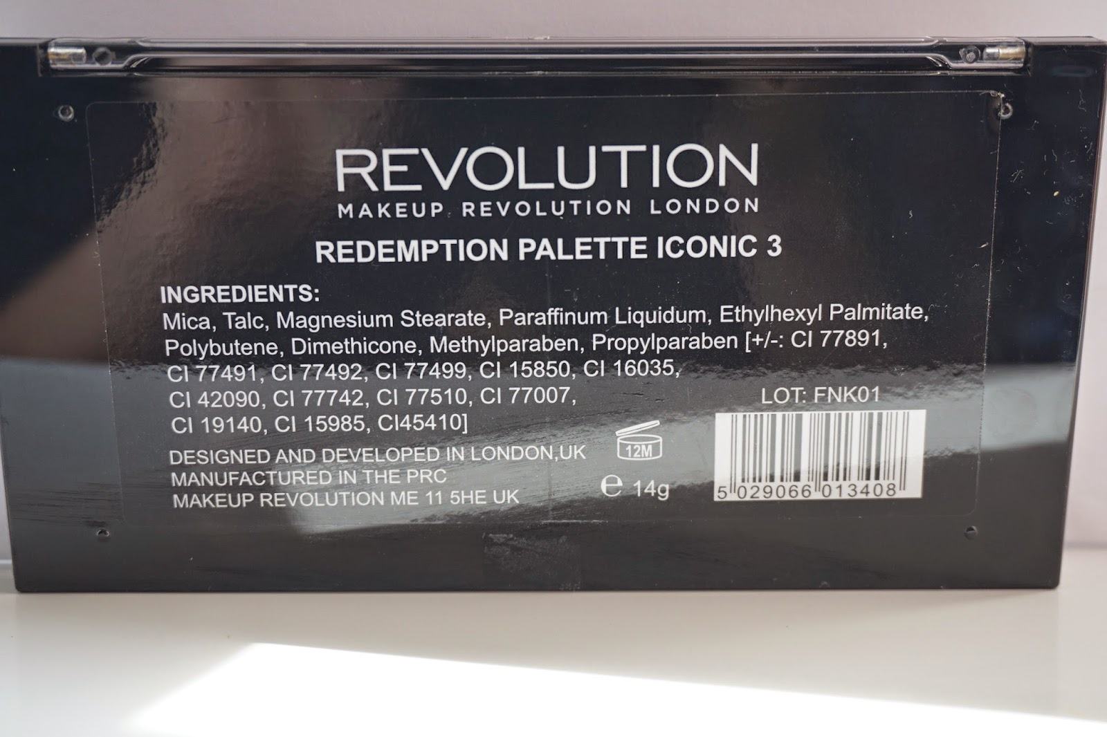 Makeup Revolution Iconic 3 - Dusty Foxes Beauty Blog