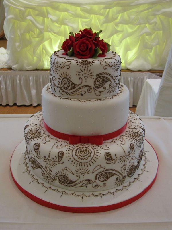 Mehndi Patterns For Cakes : Pinkbizarre mehndi cake stencils