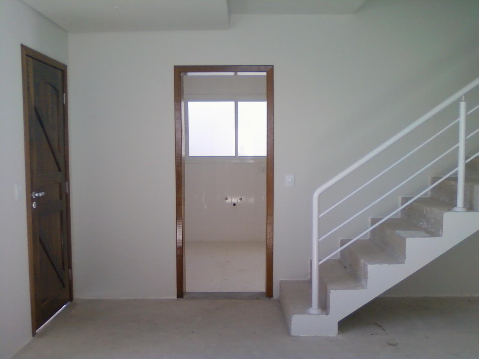 Escada e Lavabo Que tal um armário embaixo dessa escada??? #5D4D44 1600 1200