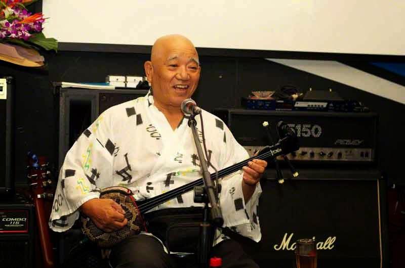 sanshin,singer,Live House,Okinawa City