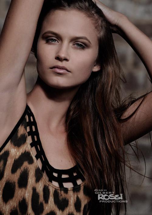studio modelling portfolio close up head shot,studio beauty photograph by gilbert rossi