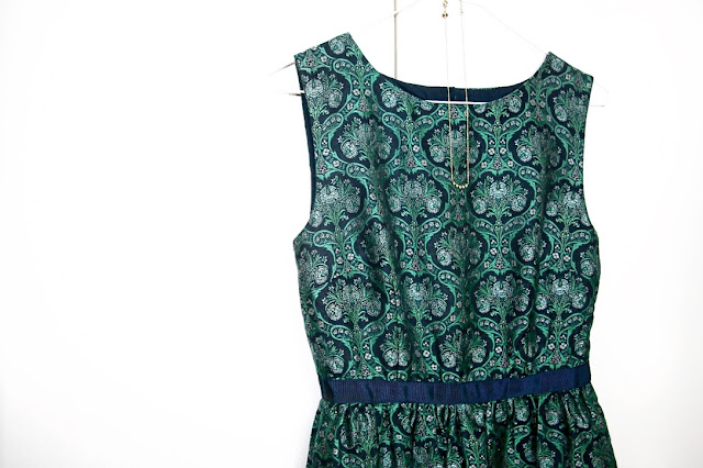 Katherine Penney Chic Blogger NYE Fashion Dress Jack Wills Dark Green Formal