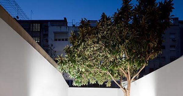Reforma minimalista por Tiago Filipe