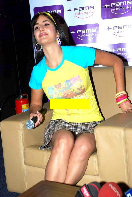 Ameesha Patel white panty visible, Katrina Kaif black panty pictures, Sexy actress show their underwears, Bollywood