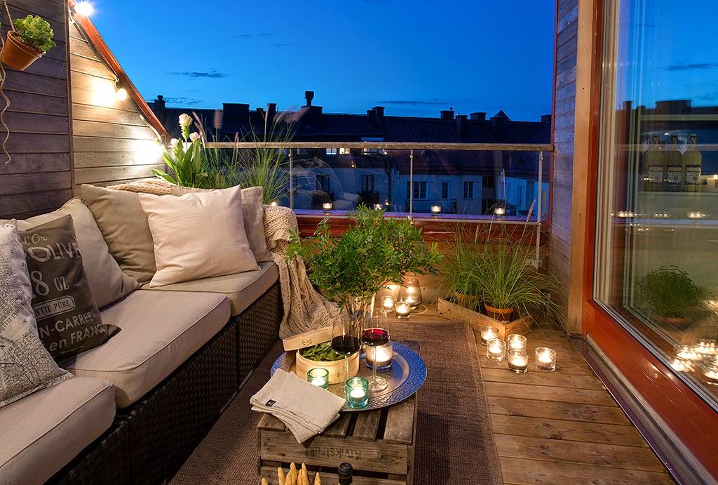 Мансардная квартира с уютным балконом в швеции / дизайн инте.